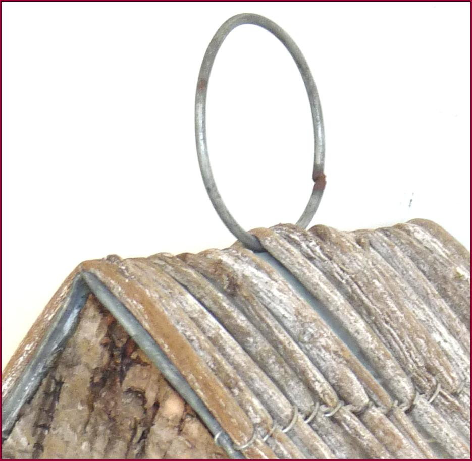 Nichoir a suspendre de jardin style ancien bois et zinc a - Chaise a suspendre ...