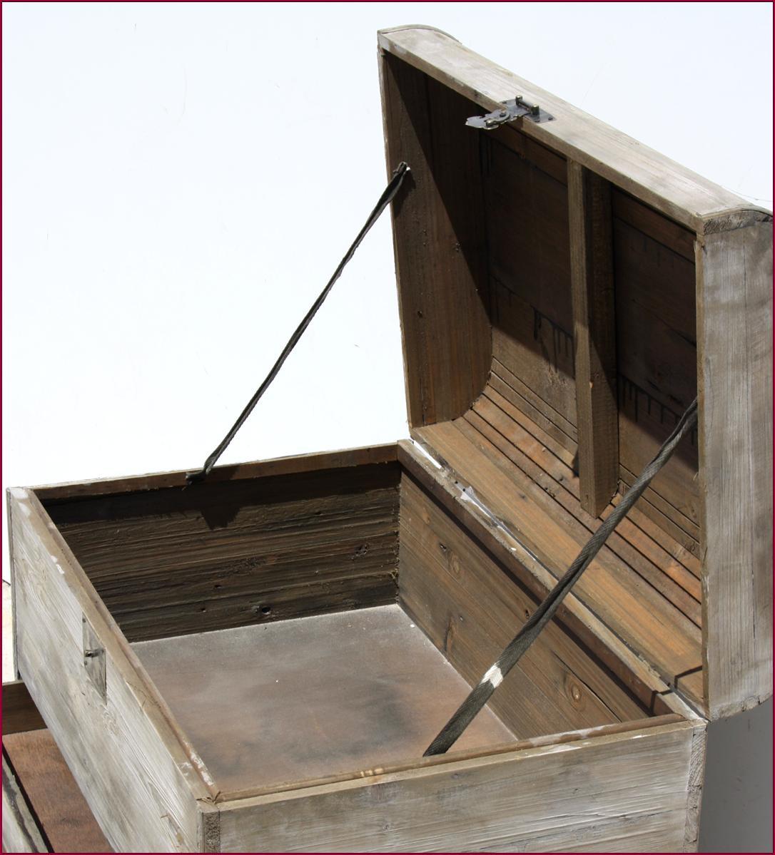 coffre a jouet bois brut. Black Bedroom Furniture Sets. Home Design Ideas