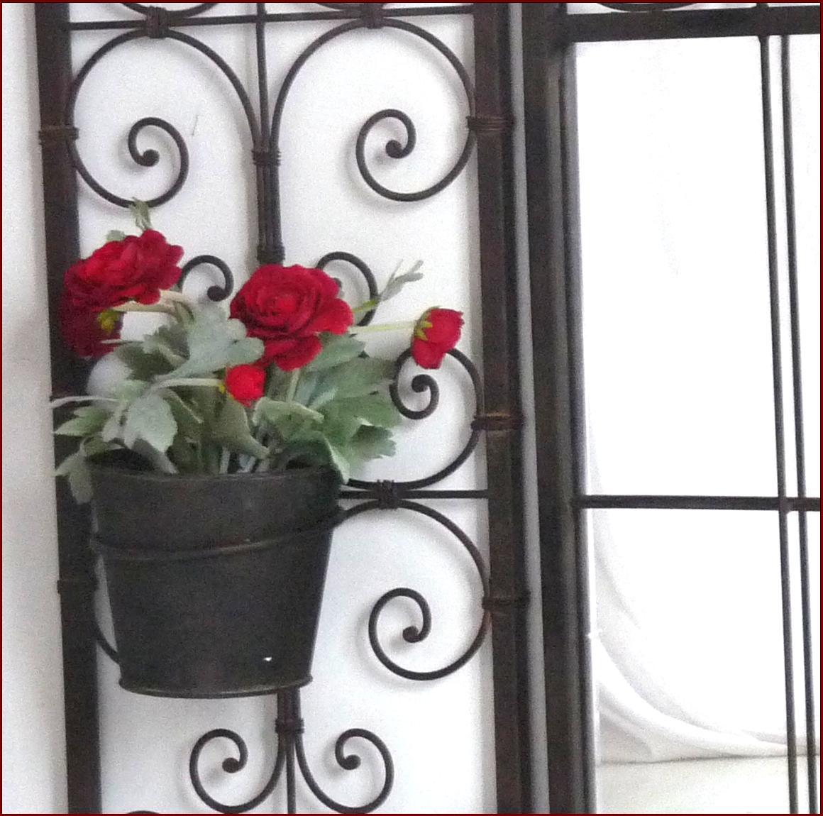Style ancien miroir fenetre en fer forge avec volet porte for Miroir quadrille mural