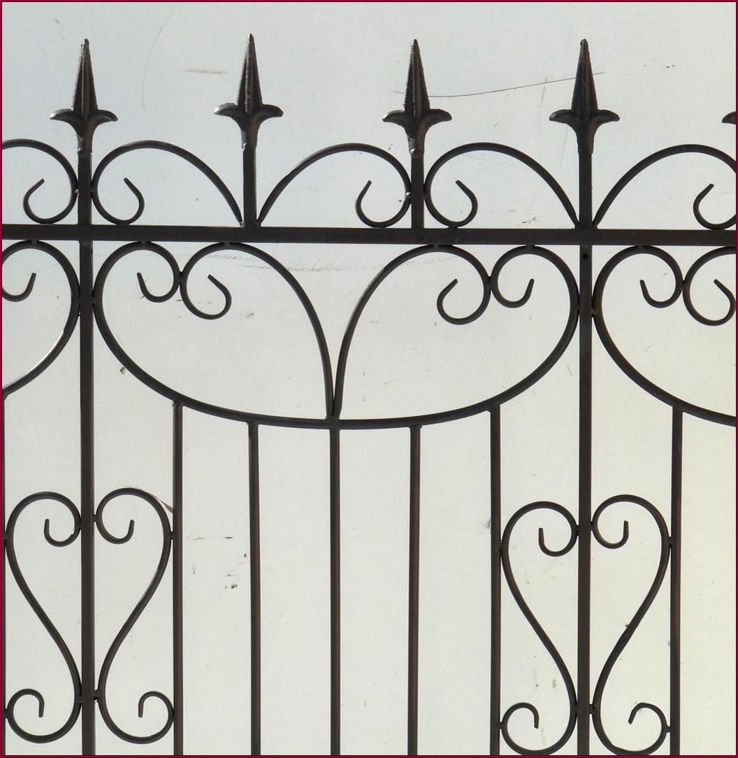 Grille de jardin ou d interieur barriere cloture de for Barriere de jardin